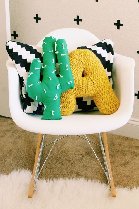 HOW TO CREATE YOUR OWN PILLOWS AND CUSHIONS?